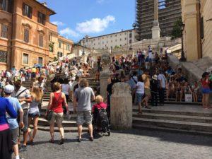イタリア各地、ローマ、ミラノ、フィレンツェ、ナポリ、シチリア、サルデーニャ